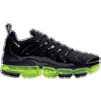 5efa329a92a Nike Air Vapormax Plus - Men s - Shoes